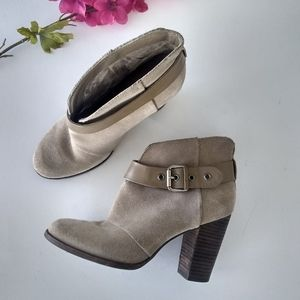 Jessica Simpson Taupe Suede Ankle Bootie Size 8